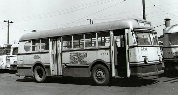 DETROIT TRANSIT HISTORY info: Bus Photos 1940's - Pg 1